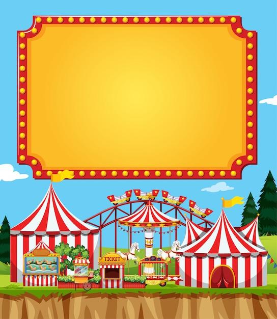 Scena del circo con il modello del segno nel cielo Vettore gratuito