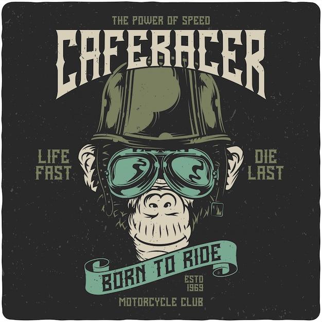 Scimmia nel casco da motociclista Vettore Premium