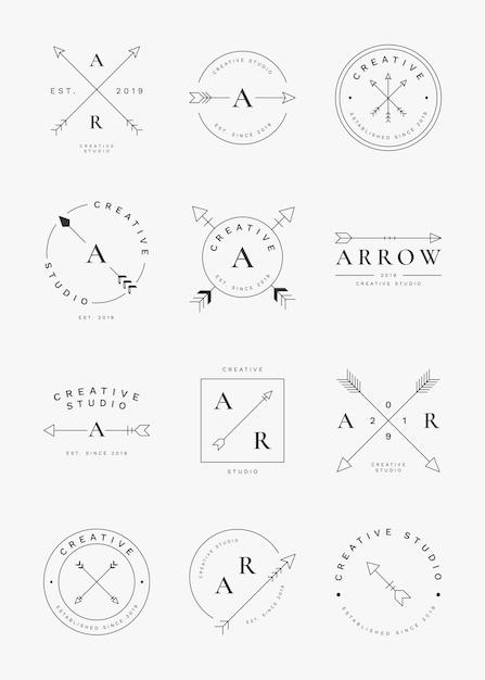 Set di badge freccia semplice Vettore gratuito