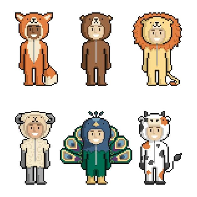 Set di bambini simpatici cartoni animati in costumi di animali Vettore Premium