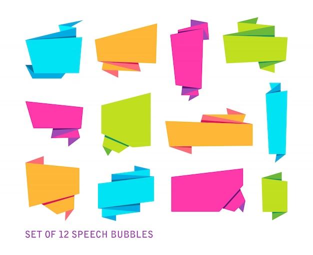 Set di banner astratti, nastro di carta piegato o bolle vocali originali Vettore gratuito