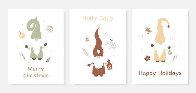 Set di cartoline di natale con simpatici gnomi. Vettore Premium