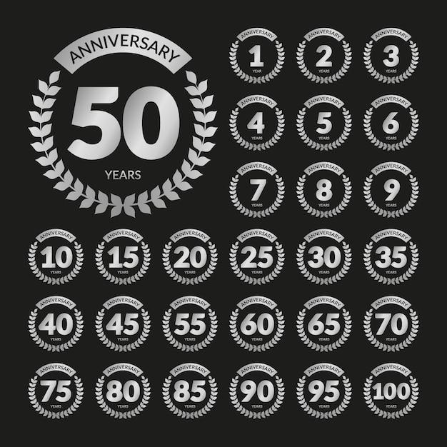 Set di distintivi di anniversario retrò argento Vettore Premium