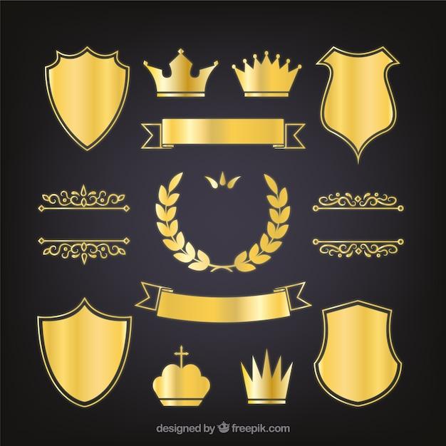 Set di eleganti scudi araldici d'oro Vettore gratuito