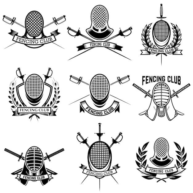 Set di etichette del club di scherma. spade da scherma. elementi per emblema, segno, distintivo. illustrazione Vettore Premium
