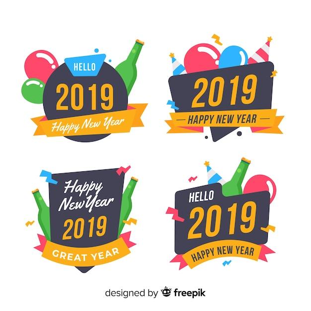 Set di etichette del nuovo anno 2019 Vettore gratuito