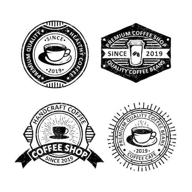 Set di etichette distintivi caffè d'epoca, emblemi e logo Vettore Premium