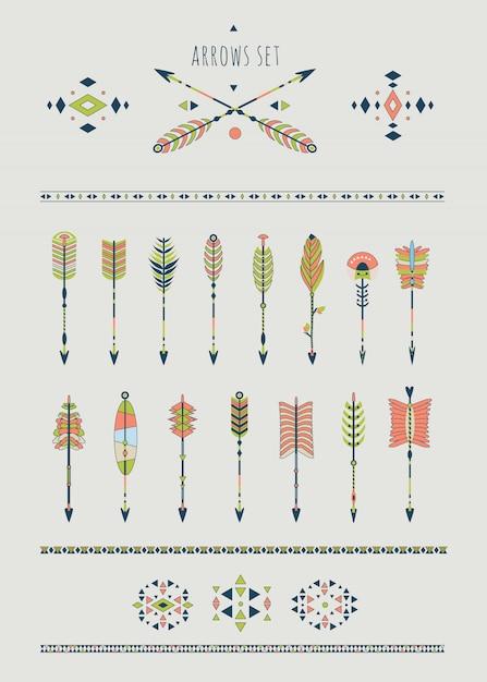 Set di frecce, acchiappasogni ed elementi indiani. Vettore Premium