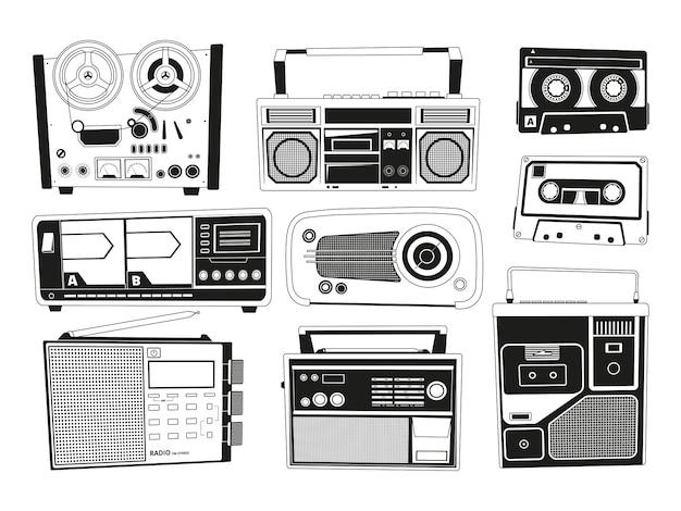 Set di immagini monocromatiche di vari registratori audio vintage Vettore Premium