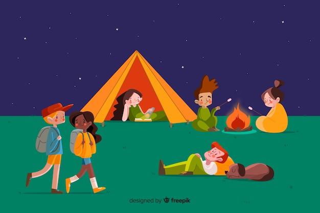 Set di persone campeggio design piatto Vettore gratuito