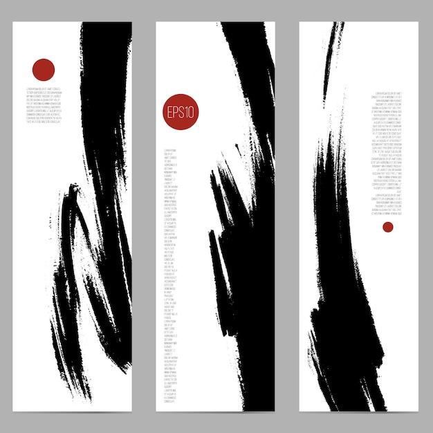 Set di tre banner verticali con macchie di inchiostro a pennello. Vettore Premium