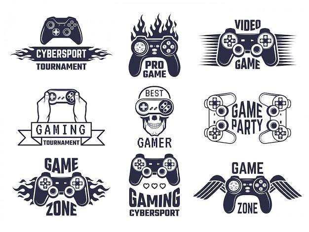 Set logo da gioco. videogiochi ed etichette di cyber sport Vettore Premium