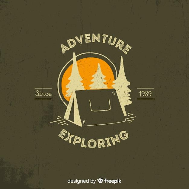 Sfondo logo avventura d'epoca Vettore gratuito