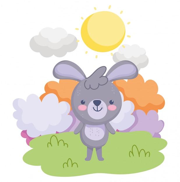 Simpatici animali, piccolo coniglio in piedi nel cielo del prato Vettore Premium