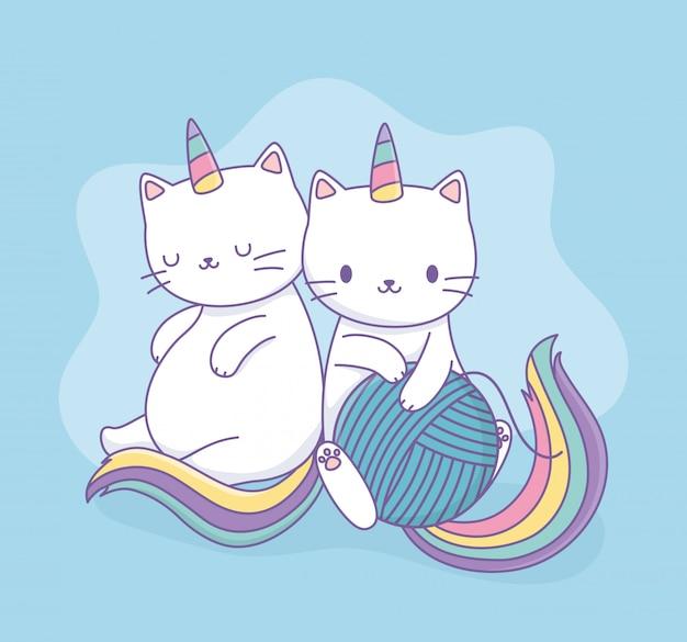 Simpatici gatti con code di arcobaleno e caratteri kawaii di palla di lana Vettore Premium