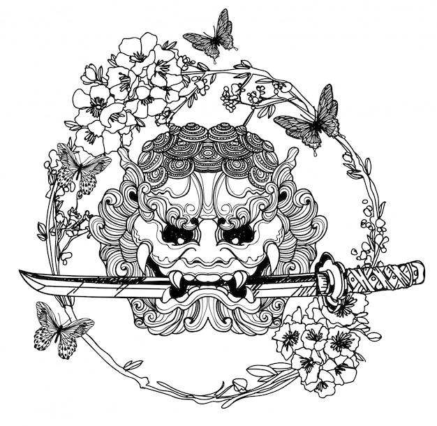 Spada gigante di arte del tatuaggio con fiori intorno disegno e schizzo a mano Vettore Premium