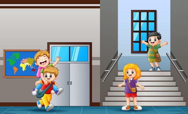 Studente felice al corridoio della scuola Vettore Premium