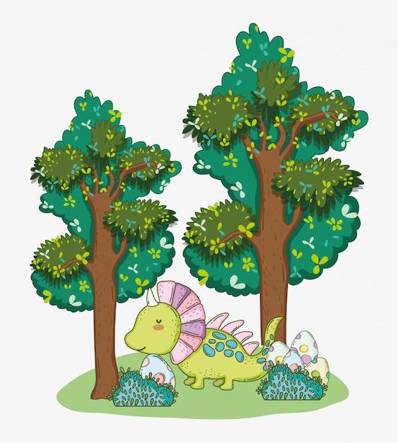 Styracosaurus con uova di dino nei cespugli e alberi Vettore Premium