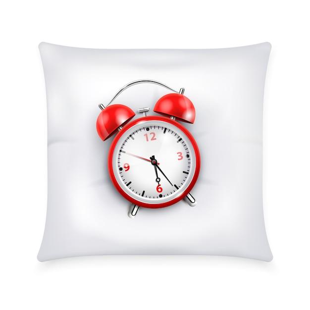 Sveglia rossa con due campane nel retro stile sull'illustrazione realistica di concetto di progetto del cuscino bianco Vettore gratuito