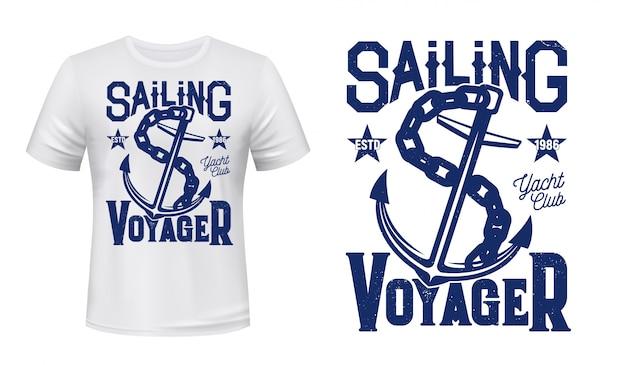 T-shirt con stampa di ancoraggio, vela e yacht Vettore Premium