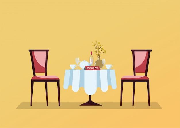 Tavolo rotondo ristorante riservato con tovaglia bianca, bicchieri da vino, bottiglia di vino, vaso, tagli, cartello da tavolo con prenotazione e due sedie morbide. illustrazione di vettore del fumetto piatto Vettore Premium