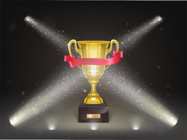 Tazza realistica 3d sul piedistallo con il nastro rosso in scena. trofeo d'oro sulla scena Vettore gratuito