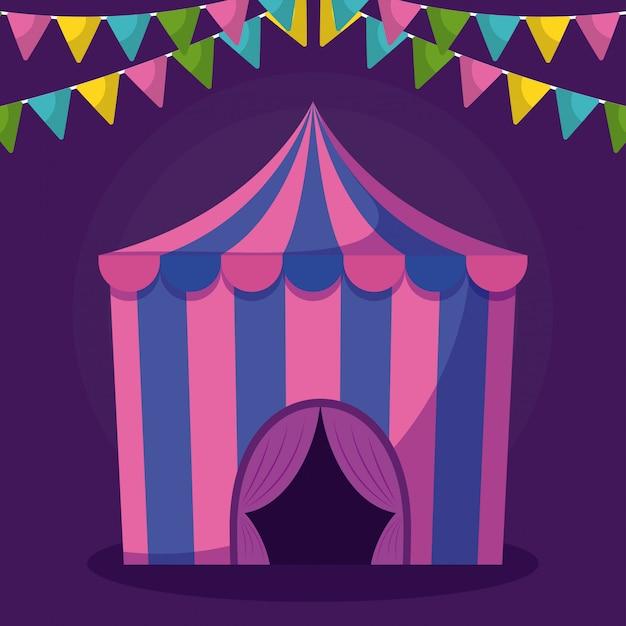 Tenda da circo con icona isolata ghirlande Vettore Premium