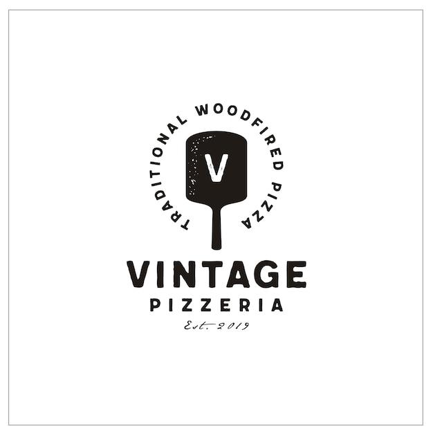 Tipografia spatola e iniziali per logo pizza vintage Vettore Premium