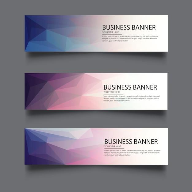 Un set di banner vettoriale con sfondo poligonale Vettore Premium
