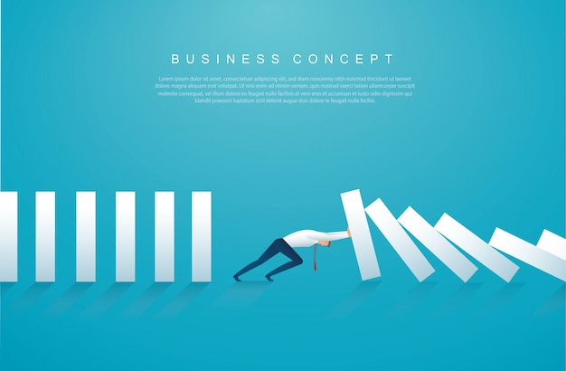 Uomo d'affari che ferma l'effetto domino Vettore Premium
