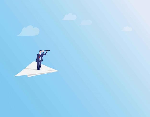 Uomo d'affari che volano sull'aereo di carta sopra le nuvole. Vettore Premium