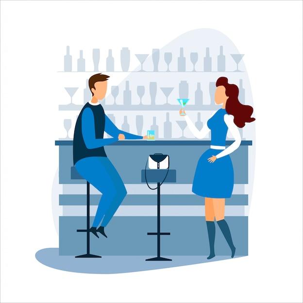 Uomo e donna, bere e parlare al bancone del bar Vettore Premium