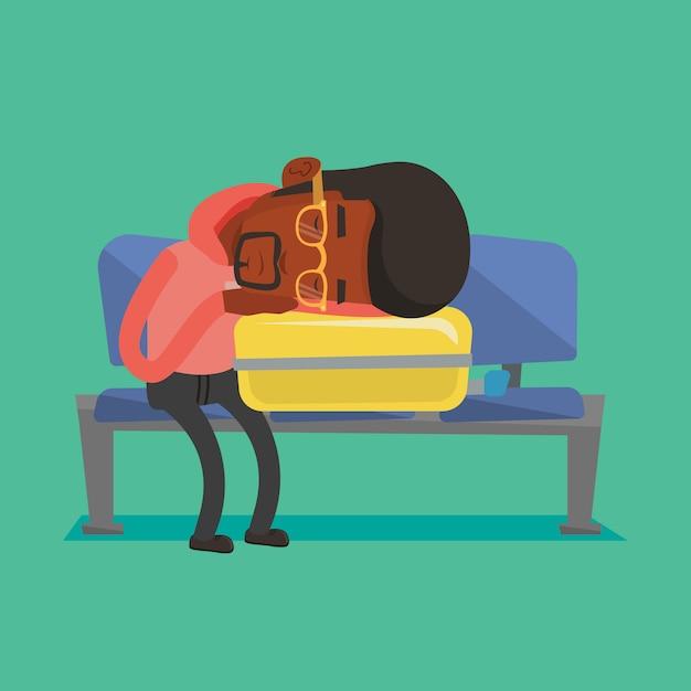 Uomo esaurito che dorme sulla valigia all'aeroporto. Vettore Premium