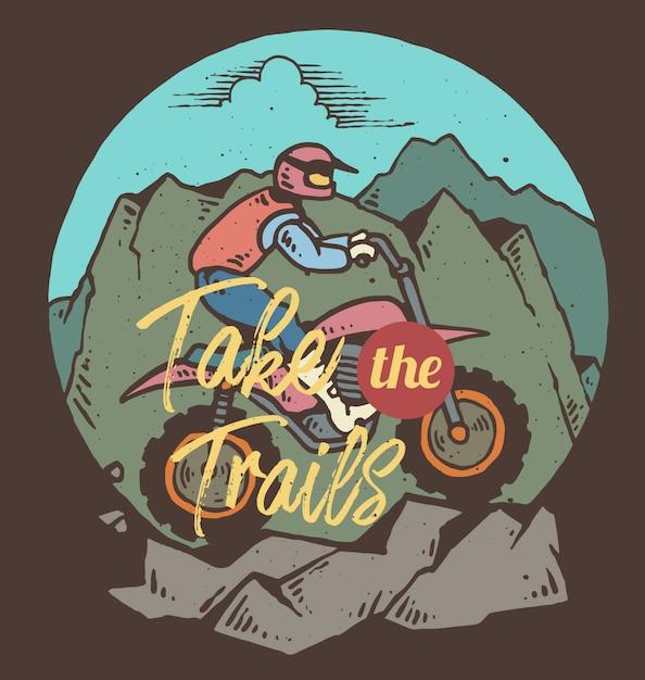 Vector l'illustrazione del motociclista che guida su una montagna Vettore Premium