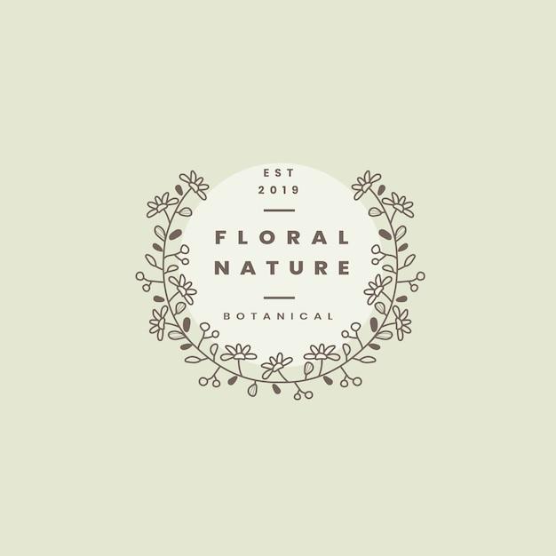 Vettore di progettazione del distintivo di natura floreale Vettore gratuito
