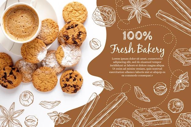 Vista dall'alto deliziosi biscotti al cioccolato e caffè al forno Vettore gratuito