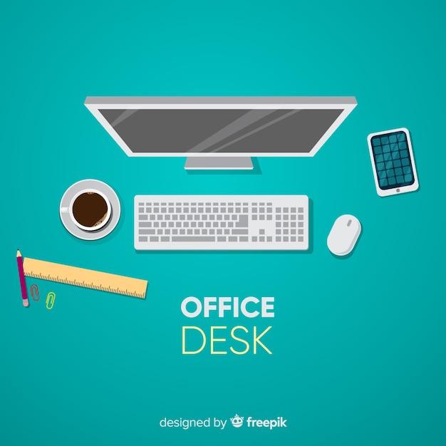 Vista dall'alto della scrivania professionale con design piatto Vettore gratuito