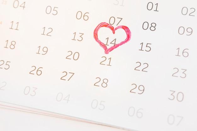 14 februari gemarkeerd op kalender Gratis Foto