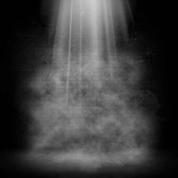 3d grunge kamer interieur met spotlight en rook effect Gratis Foto
