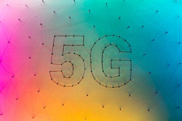 5g data technologie achtergrond met kleurverloop Gratis Foto
