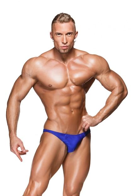 Aantrekkelijke mannelijke lichaamsbouwer Gratis Foto