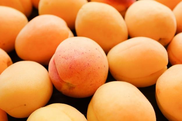 Abrikozen, fruit. juist gezond dieet Premium Foto