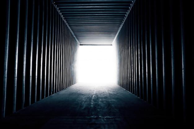 Abstracte achtergrond. een lege containerverzending voor logistieke achtergrond Premium Foto