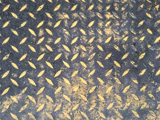 Abstracte patroon achtergrondstaalvloer in industriële fabriek Premium Foto