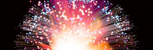 Abstracte vuurwerkexplosie in kleurrijke tinten Premium Foto