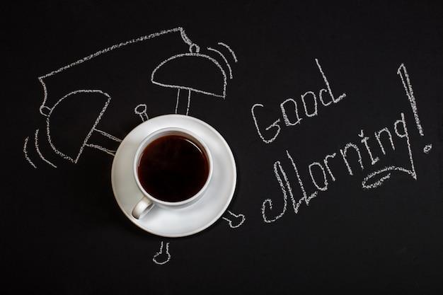 Achtergrond met een kopje koffie. goedemorgen. Premium Foto