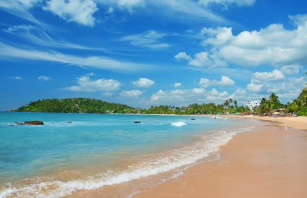 Ahangama-strand in sri lanka Premium Foto