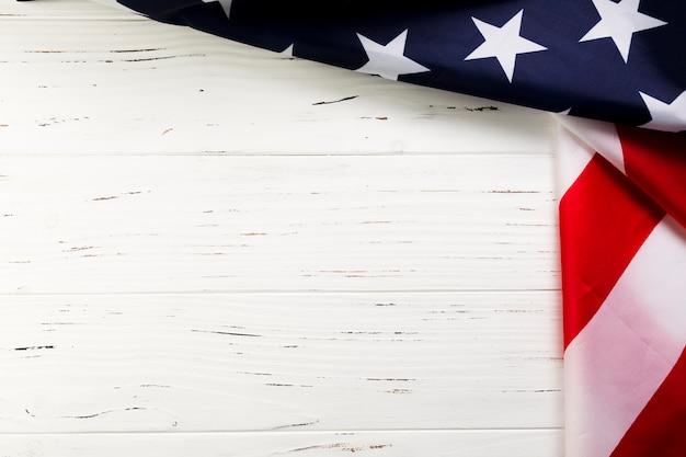 Amerikaanse vlagachtergrond met copyspace Gratis Foto