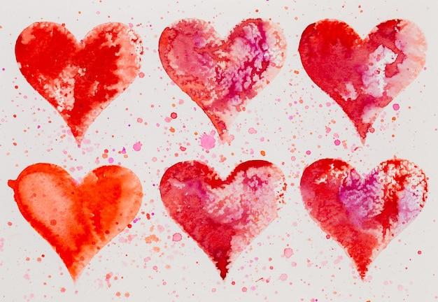 Aquarel hart. valentijnsdag greating kaart, liefde, relatie, kunst, schilderen. Premium Foto
