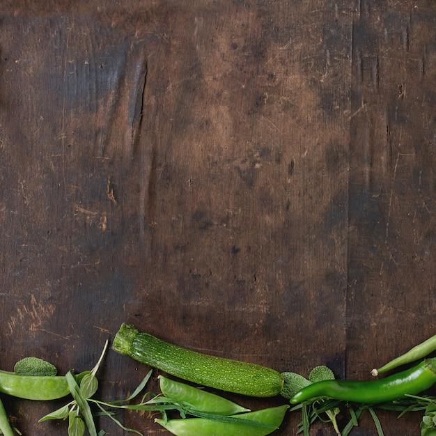 Assortiment van groene groenten Premium Foto
